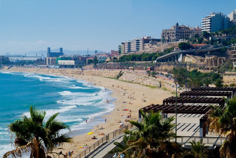 Playa del miracle comandancia tarragona turisme for Pisos en el vendrell