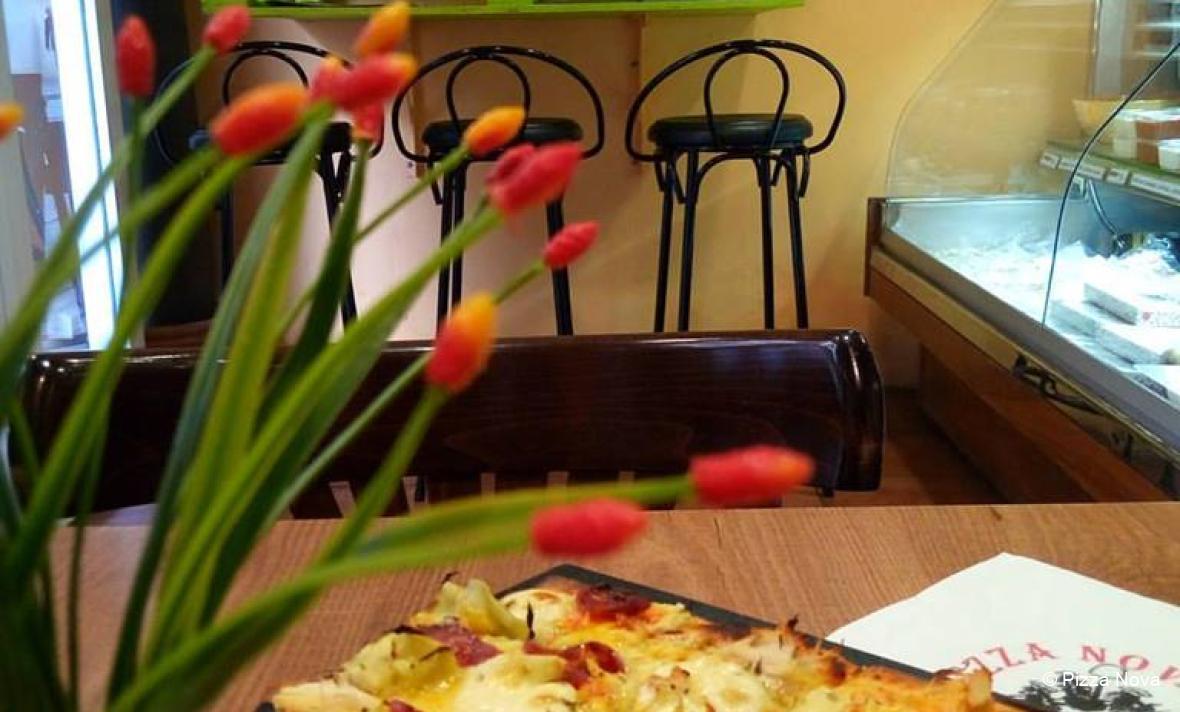 © Pizza Nova